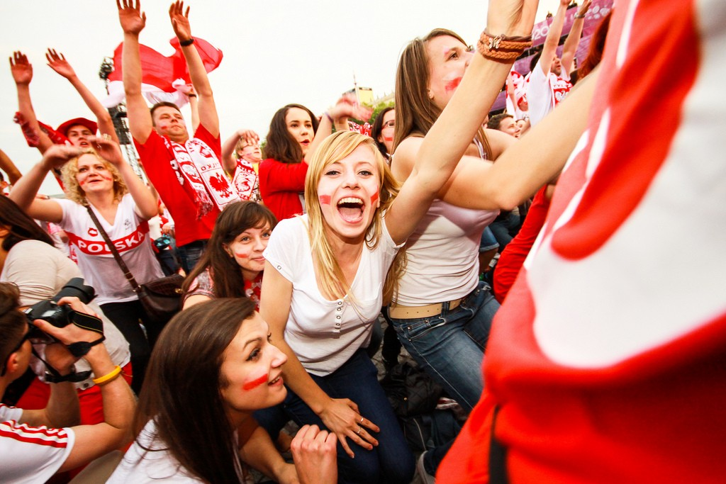 Euro2012で熱狂するサポーター達